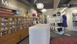 Melman Lingerie, Sassenheim : Agencement magasin de lingerie