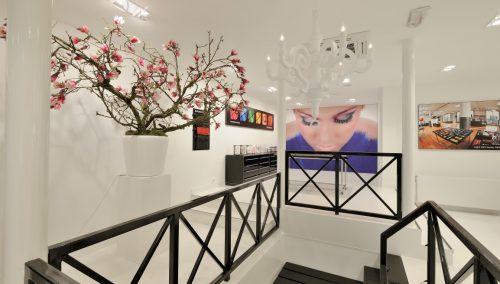 Design d'intérieur : Salon de beauté Inglot