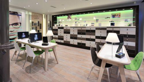 Van der Leeuw (NL) : Agencement de magasin d'optique