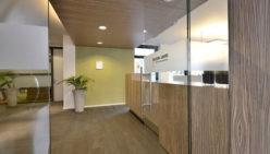 Design d'intérieur dans la salle de réception Accon AVM/Roza comptables